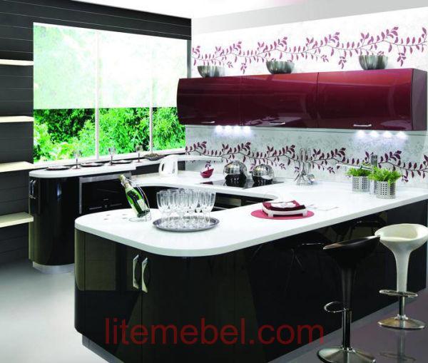 Кухня с карашенными фасадами Система RAL3032 / RAL9005