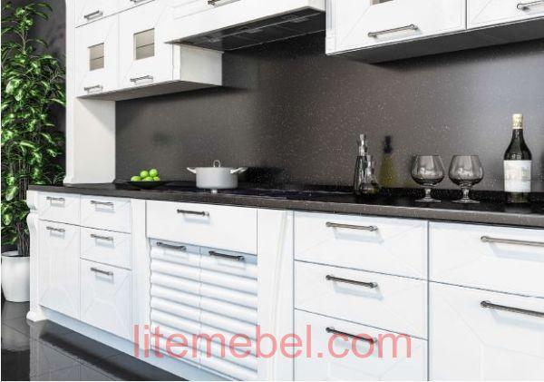Кухня с крашенными фасадами Профиль 99+101 RAL 9003