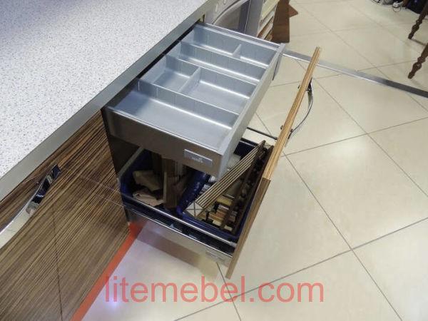 Кухня с фасадами Краска/Пластик, Проект № 3586
