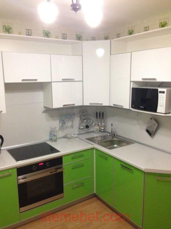 Кухня с фасадами Пластик 410 / 460