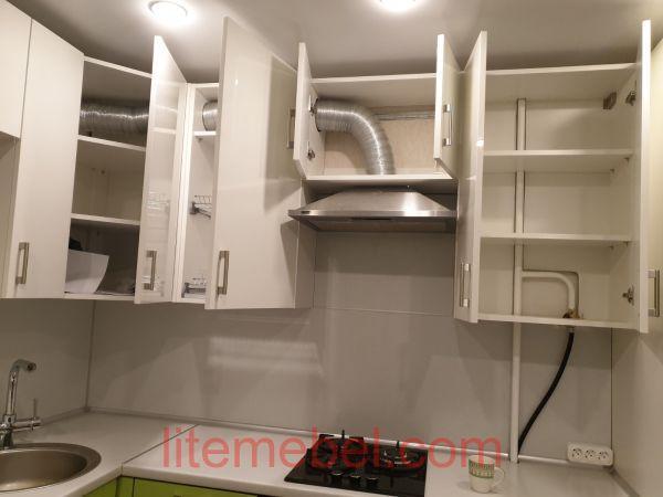Кухня с пластиковыми фасадами, Проект № 3650