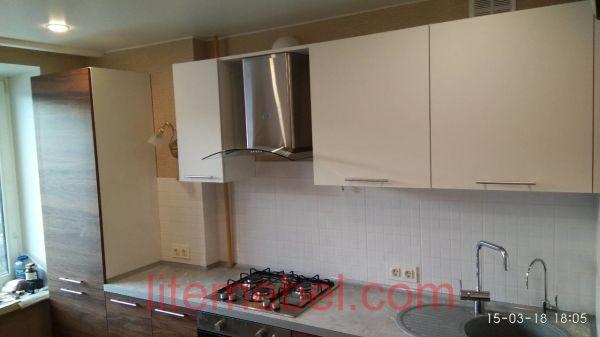 Кухня с фасадами Пост Тимбер/Акрил, Проект № 3629