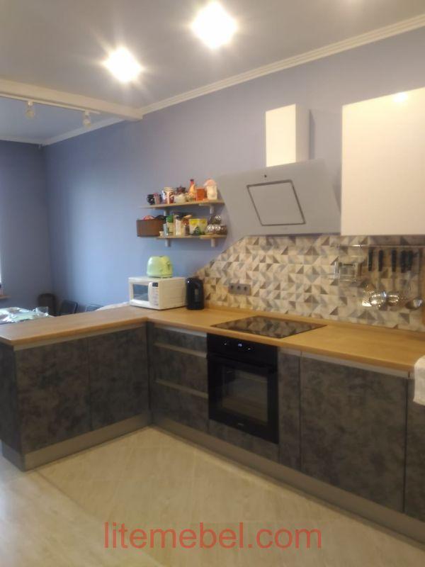 Кухня с фасадами Акрил/Пост-Смарт, Проект № 3720