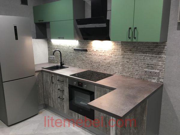 Кухня с фасадами Пост Синкрон/Система, Проект № 3633