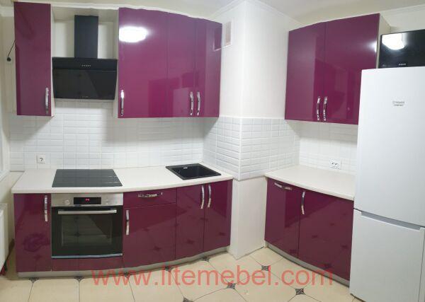 Кухня с пластиковыми фасадами, Проект № 3454