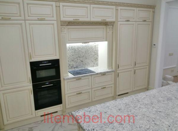 Кухня с фасадом Массив Ясеня, Проект № 4680