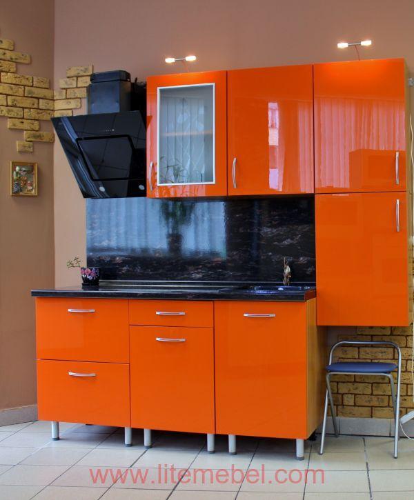 Кухня с пластиковыми фасадами, Проект № 3339