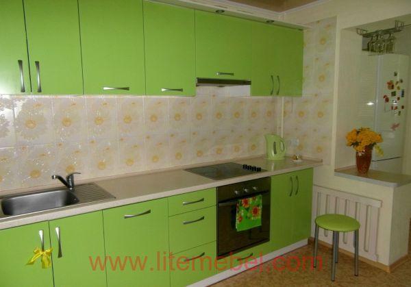Кухня с пластиковыми фасадами, Проект № 3047